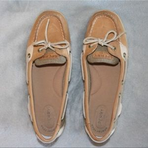 SPERRYs in brand new condition